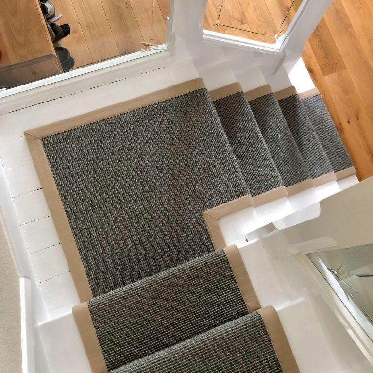 Carpet Stair Runners with Binded Edge and Stair Rods